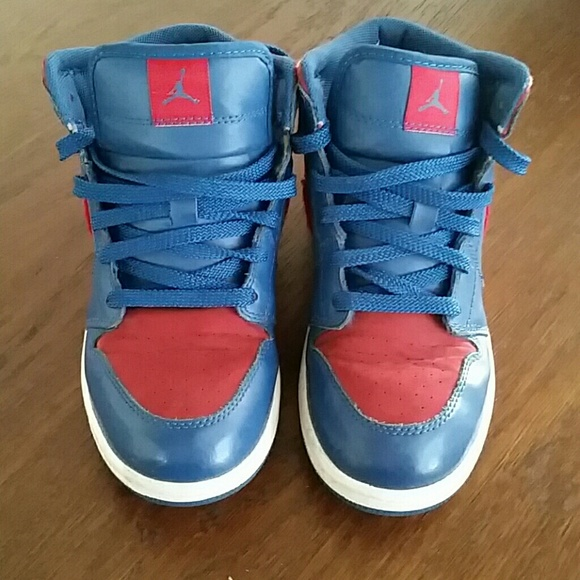 Nike Air Jordan 1 Retro Phat Premier Pistons. M 5839e36a7fab3ae09108994a 29e19c24a