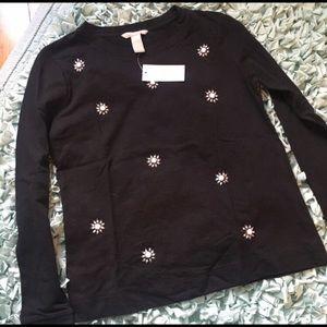 Banana Republic Sweaters - NWOT Banana Republic Long Sleeve Beaded Black Top