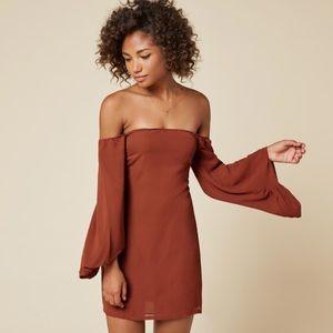 🆕 Reformation off the shoulder dress burnt orange