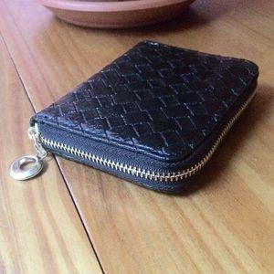 Handbags - 🆕 Black Basket Weave Wallet NWOT
