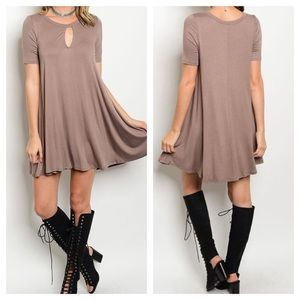 Dresses & Skirts - New -Cocoa Key Hole Tunic Dress.