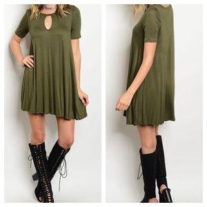 Dresses & Skirts - New- Olive Key Hole Tunic Dress