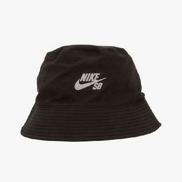 130a2858ce0cd Clearance Nwt Nike bucket hat