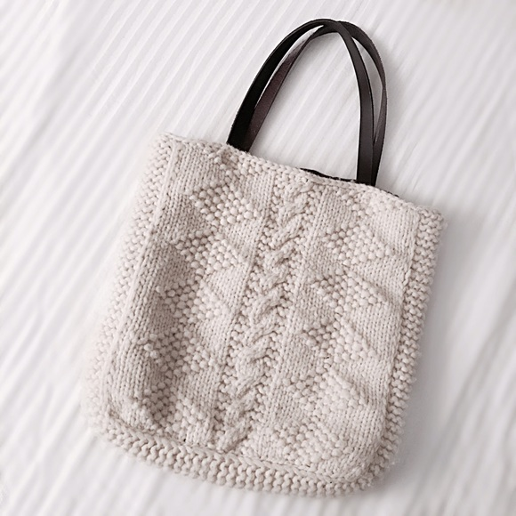 FINAL FLASH- Canadian Sweater Co. Tote Bag. M 583a116eeaf0308d9d0949ff deae603223df