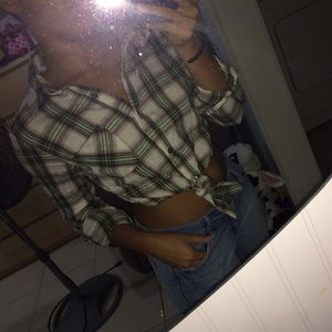 Cropped tie-front plaid shirt