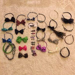 Accessories - Bundle of hair accessories