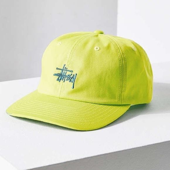 cb735fe2eb1 NWT Stussy Neon Classic Logo Snapback Hat