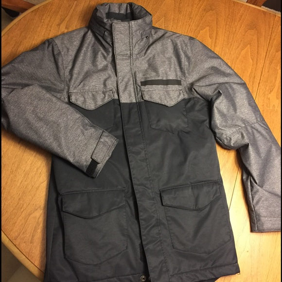 oakley ski jackets on sale  ?holiday sale ?oakley ski jacket (men's small)