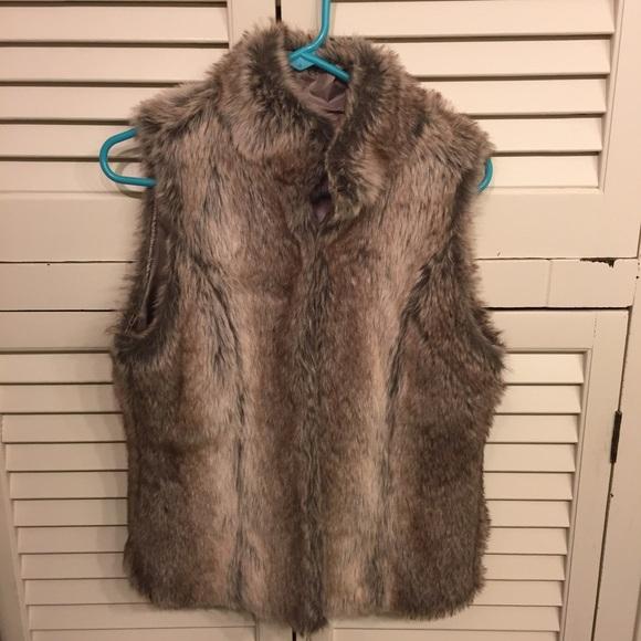 Vintage Havana Jackets & Blazers - Vintage Havana Faux Fur Vest