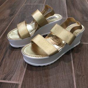 Steve Madden platform sandals