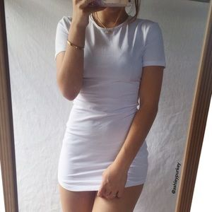 aceb398c1de B-Long Boutique Dresses - ❤️SALE❤ white body con tight t shirt
