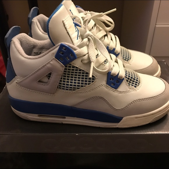 a3aa031cc6a097 Jordan Other - Retro Jordan Military Blue 4s size 5