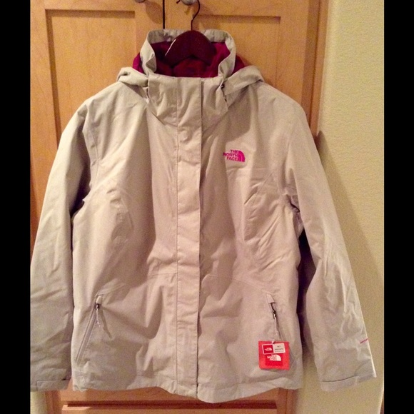 3a9c0ca4d5b1 NEW The North Face Women s Mossbud Swirl Triclimat