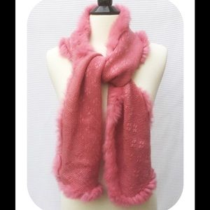 Accessories - Pink Knit Scarf