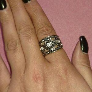 SALEStunning Marcasite Ring