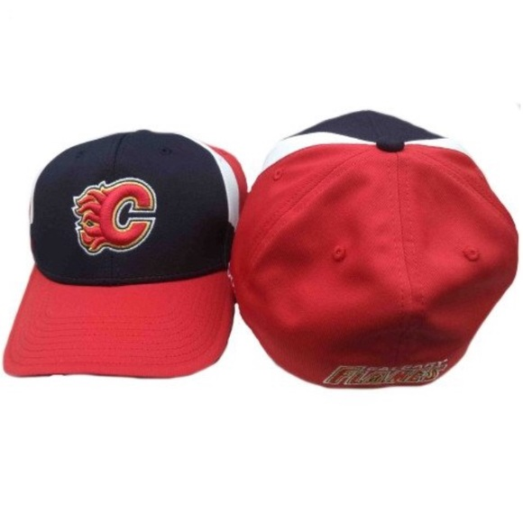 Calgary Flames Reebok NHL FlexFit Hat - OSFA c05a7d88d0c