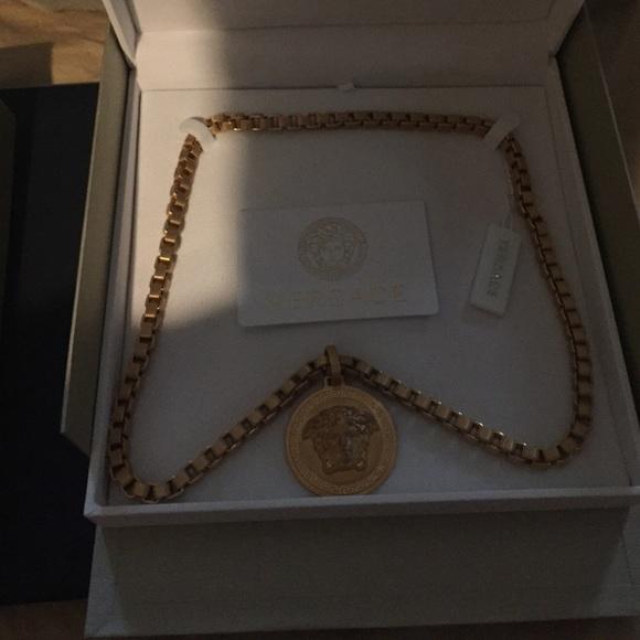 0c05e6e1ea1ef Men's Versace Medusa necklace NWT