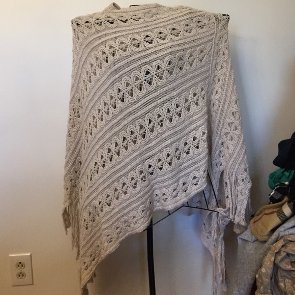 Jenny Boston one size beautiful boho poncho