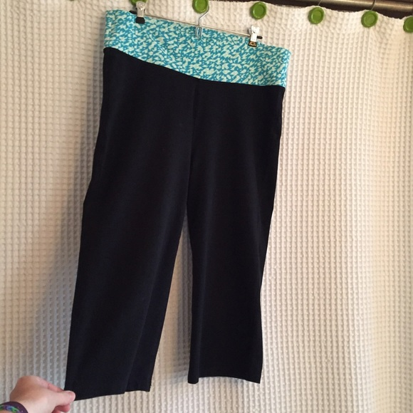 60% off Old Navy Pants - Old Navy Yoga Capris from Susan's closet ...
