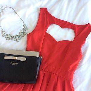 Tea n Cup Dresses & Skirts - 🎉 HP 🎉 NWOT Red Classic Heart Dress
