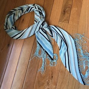 Beautiful, soft, Banana Republic scarf.
