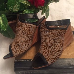 Anthropologie Shoes - Anthropologie spotted wedges
