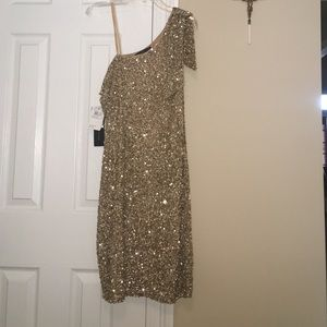 Aidan Mattox Dresses & Skirts - ✨Gorgeous Aidan Mattox Beaded Dress