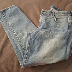 Gap 1969 girlfriend ankle jeans