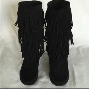 LC Lauren Conrad Shoes - SALE❗️Lauren Conrad Black Fringe Boots