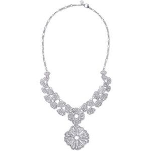 Stella & Dot Geneve Lace Pendant Necklace
