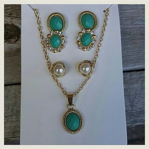 Jewelry - Jewelry | GOLD PEARL STONE NECKLACE & EARRINGS