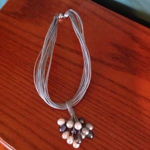Jewelry - Gray rope necklace