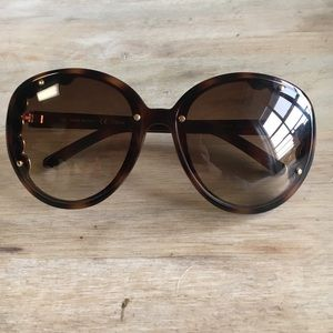 Authentic CHLOE scalloped sunglasses