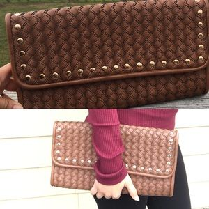 Caramel vegan leather clutch