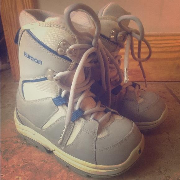 Burton Moto Kids Snowboarding Boot Size