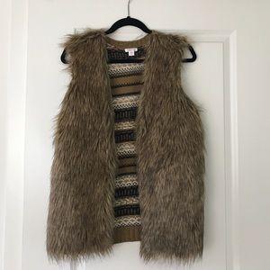 Xhilaration fur vest