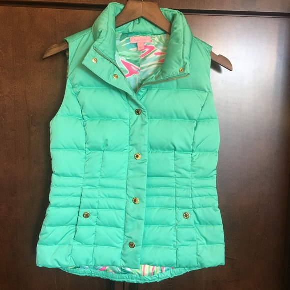 cab3d26220d Lilly Pulitzer Tops - Lilly Pulitzer Isabelle Vest