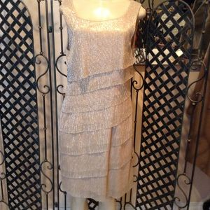 connected apparel Dresses & Skirts - Gorgeous gold dress