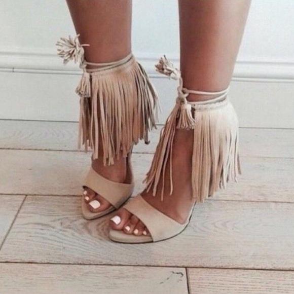 7739f14bac8 Zara fringe heels. M 583b35854e95a3eeba0ce8e0