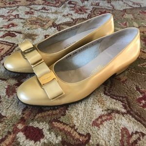 Ferragamo Shoes - Authentic ferragamo gold vara size 6b