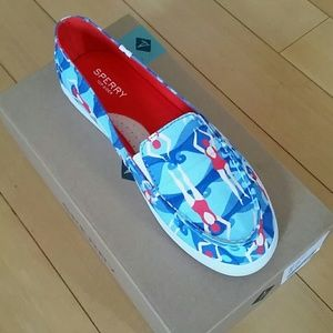 Sperry swimmer canvas shoes