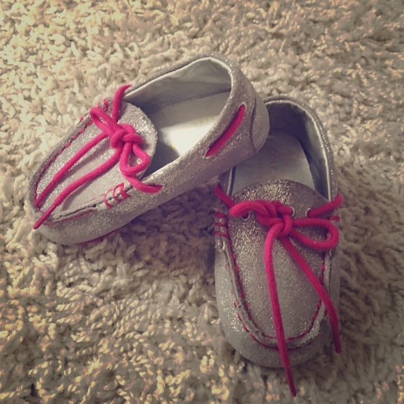 7a77d581bfdc42 Cole Haan baby girl boat shoes (Grant Driver) sz 4
