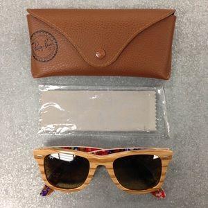 Ray-Ban Wayfarer Special Series Sunglasses