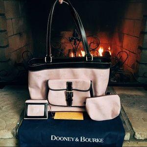Dooney & Bourke East/West Shoulder Bag   NWOT