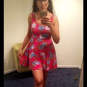 Forever 21 Dresses - 🌺 Flower Sun Dress 🌺