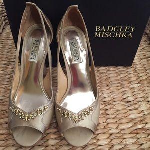 Badgley Mischka Shoes - Badgley Mischka Peep Toe Platforms