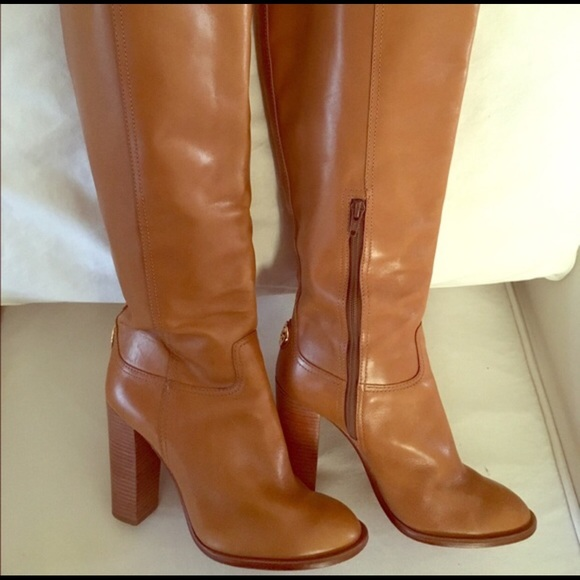 0dc3c309ccd3 Tory burch camel leather boots. M 583b52e6f739bc42d10d7086