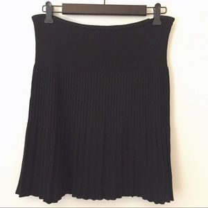 Missoni Dresses & Skirts - Silk-lined Missoni layerd texture black skirt