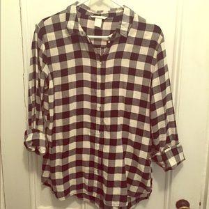 H&M Tops - H&M Buffalo Check Flannel 🎉