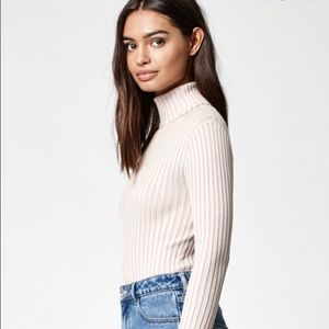 1674196a62264e Kendall & Kylie Sweaters - Kendall and Kylie ribbed turtleneck sweater